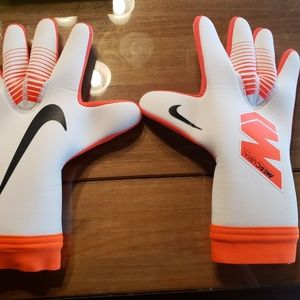 Nike Other - NIKE TOUCH VICTORY ELITE GOALIE GLOVES